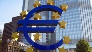中歐簽署雙邊本幣互換協議