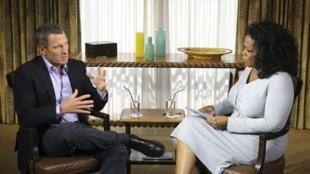 Lance Armstrong trong cuộc phỏng vấn của Oprah Winfrey thực hiện hôm 14/1/ 2013.