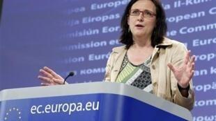 """Cecilia Malmström, comisaria de Interior de la Comisión Europea y directora del estudio, explicó que """"no hay zonas libres de corrupción en Europa""""."""