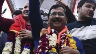 Le dirigeant du parti Aam Admi, Arvind Kejriwal, s'adresse à ses partisans, après l'annonce de sa victoire au scrutin du 8 février.