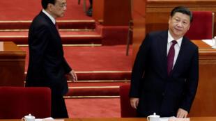 Chủ tịch TQ Tập Cận Bình (P) và thủ tướng Lý Khắc Cường khai mạc Chính Hiệp tại Bắc Kinh ngày 03/03/2017.