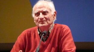 Michel Serres at the Espace des sciences, 15 February 2011.