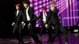Le groupe sud-coréen BTS les 7 et 8 juin 2019 en concert au Stade de France.