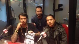 Da equerda para direita: Xadalu, artista urbano, Tiago Bortolini e Ariel Ortega, documentaristas.