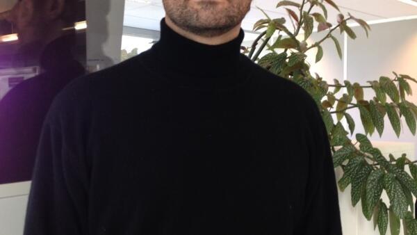 O escritor Maurício Vieira