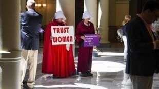 Запретить аборты невозможно. Можно запретить только безопасные аборты, подчеркивают правозащитники