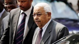 O antigo presidente cabo-verdiano, Pedro Pires, chefia a missão de observação eleitoral da UA a Angola
