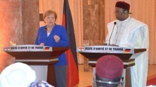 Shugabar Gwamnatin Jamus Angela Merkel da Shugaban Nijar Mahamadou Issoufou