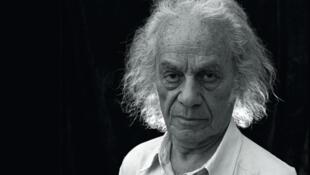 Nicanor Parra nació en San Fabián de Alico, el 5 de septiembre de 1914. Murióel 23 de Enero de 2018.
