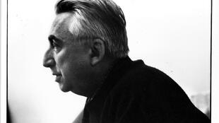 Roland Barthes.