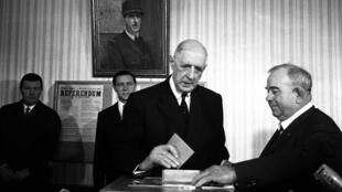 French President De Gaulle, 78, casts his vote in a constitutional referendum on 27 April 1969 in Colombey-Les-Deux-Eglises. Day after, De Gaulle resigned after the defeat of his referendum proposal for senate and regional reforms.