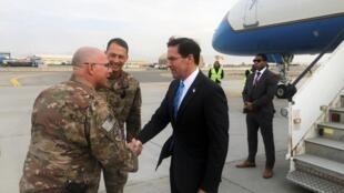 美国国防部长埃斯珀资料图片