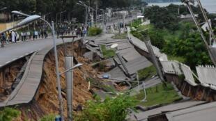 Vue de la corniche de Brazzaville qui s'est effondrée jeudi 9 janvier 2020 après une pluie torrentielle.