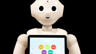 Des robots, comme Pepper, assistant pour la SoftBank Robotics, seront de plus en plus présents dans le recrutement en Corée du Sud.