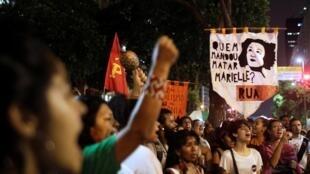 Manifestation contre le président Jair Bolsonaro et en hommage à Marielle Franco, le 5 novembre à Sao Paulo.