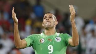 L'Algérien Islam Slimani.