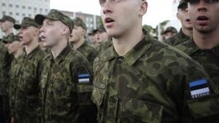 Солдаты эстонской армии в Таллине
