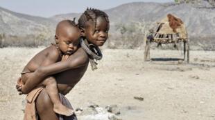 Des enfants en Namibie.