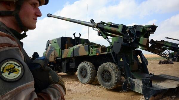 法國部署在伊拉克的凱撒大炮 Canons Caesar2019年2月9日