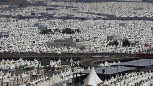 Cidade de Mina, perto da cidade sagrada de Meca, onde mais de 700 pessoas ficaram sem vida na sequência de uma debandada de peregrinos.