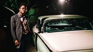Surnommé le « James Brown cubain », Cimafunk s'inspire aussi de Fela, l'inventeur de l'afrobeat du Nigeria.