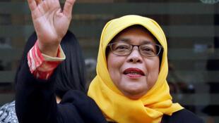 Halimah Yacob, primeira presidente mulher de Cingapura.