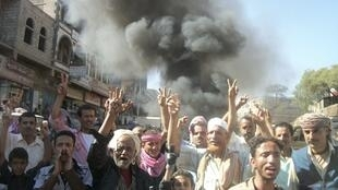 Anti-government protest in the southern Yemeni city of Dhalea November 10, 2010.