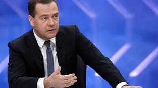Le Premier ministre Dmitri Medvedev lors d'une interview à la télévision russe, le 10 décembre 2014.