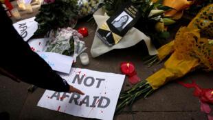 Журналисты Мальты провели акцию в память о Дафне Каруана Галиции