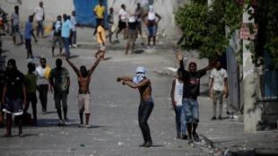 Les manifestants en colère demandent la démission du président Jovenel Moïse.