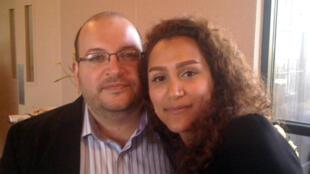 جیسون رضائیان و همسرش یگانه صالحی که در ژانویۀ سال جاری پس از ١٧ ماه بازداشت در ایران آزاد شد و به آمریکا بازگشت.