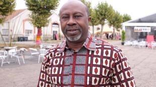 Le Burkinabè Hassane Kassi Kouyaté, nouveau directeur des « Francophonies », au nouveau coeur battant du festival « Les Zébrures d'automne », la caserne Marceau, à Limoges.
