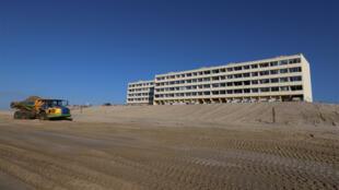 Le «Signal», un immeuble collectif de 80 appartements à Soulac-sur-Mer en Gironde, menace de s'effondrer.