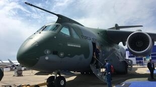 Ao retornar ao Brasil, primeiro KC-390 da Embraer poderá ser entregue à FAB, que encomendou um total de 28 aviões cargueiros.