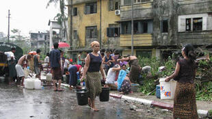Philippines : Thiên tai lũ lụt làm ô nhiễm nguồn nước sạchn, mầm mống gây thêm dịch bệnh - Reuters