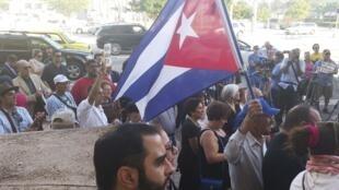Cảnh biểu tình tại Miami,  Florida, Hoa Kỳ, ủng hộ giới ly khai ở lCuba. Ảnh ngày 30/12/2014.