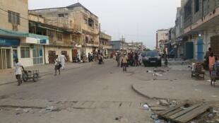 Une rue du centre de Cotonou, la capitale béninoise.
