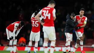 Pierre-Emerick Aubameyang (Arsenal) et ses coéquipiers éliminés par l'Olympiacos, le 27 février 2020.