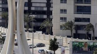 Tanques militares tomaron la Plaza de la Perla, el jueves.