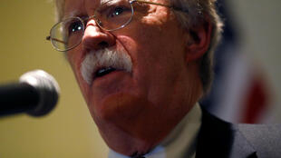 Советник президента США повопросам национальной безопасности Джон Болтон высказался об анти-иранских санкциях накануне открытия ежегодного саммита Ассоциации государствЮго-ВосточнойАзии.