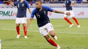 Kylian Mbappé a égalisé pour l'équipe de France en amical face aux Etats-Unis le 9 juin 2018, à quelques jours du début de la Coupe du monde en Russie.