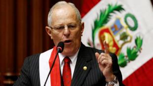 Presidente peruano Pedro Pablo Kuczynski pede demissão após escândalo de corrupção.
