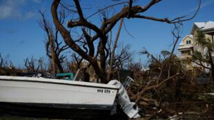 Des destructions matérielles engendrées par l'ouragan Dorian, le 5 septembre 2019 aux Bahamas.