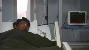 Até o momento, três sherpas foram resgatados com vida após avalanche no Everest.