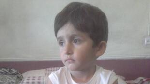 Под петицией c требованием выпустить из Таджикистана четырехлетнего Иброхима Тиллозоду на лечение подписались более 80 тысяч человек