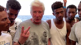 Ator Richard Gere visita navio humanitário Open Arms, 09/08/2019