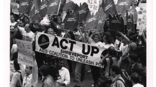 Manifestation d'Act-Up, devant un National Institutes of Health (NIH) aux Etats-Unis.