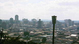 La capitale du Zimbabwe, Harare, est sous état d'urgence depuis mardi : 24 habitants de la capitale sont déjà décédés du choléra.