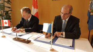 Signing Ceremony: Canada Provides OPCW a Donation to aid Chemical Weapons Destruction in Libya