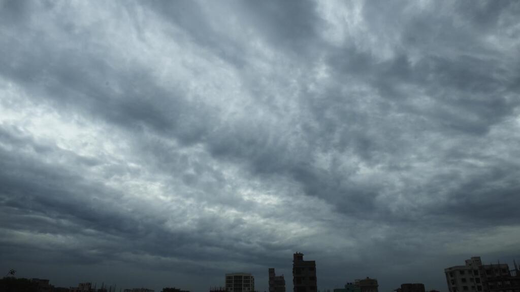 Inde: le cyclone Amphan touche terre et fait déjà des dégâts